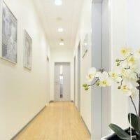 zahnarzt-helbing-eingangsbereich